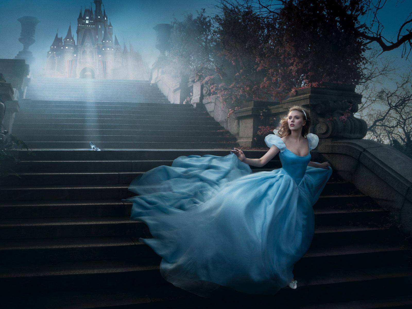 Ziehen wie Cinderella an. Bodenlanges Ball gown Kleider in Blau