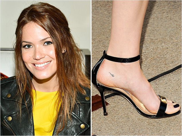 Mandy Moore-Winzige Promi-Tattoos