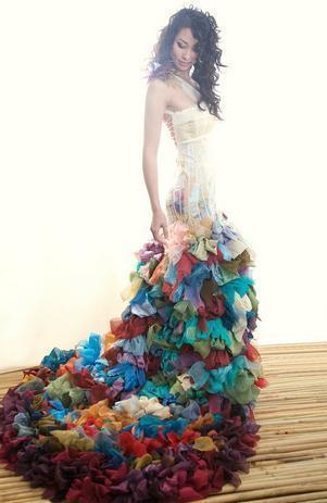 Modisches und Chic langes Kühle Farbigen Brautkleider