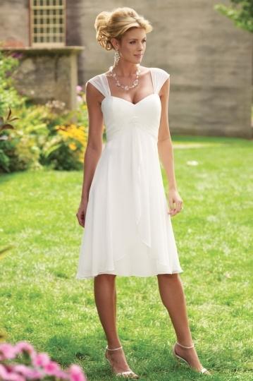 Elegantes Brautkledier 2015 mit Ärmel
