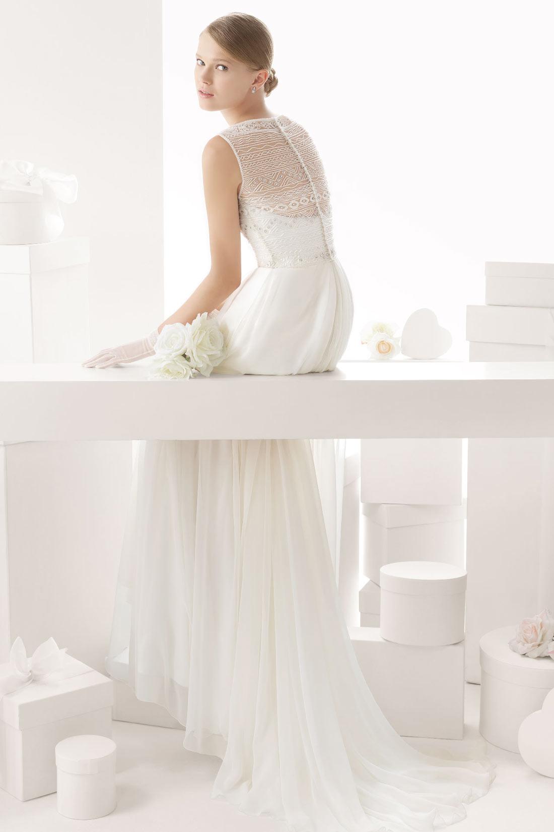 Langes weißes Brautkleider
