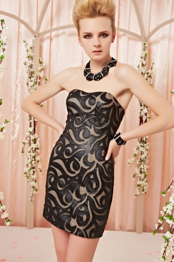 Sexy Herz Ausschnitt kurzes schwarzes Abendkleid