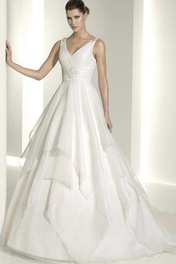 Schönes V Ausschnitt Brautkleider Online