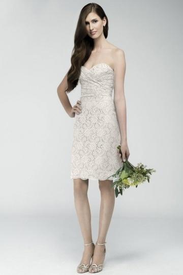 Schlichtes rosa knielanges Brautjungfernkleider
