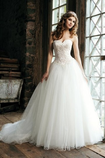 Vintages Herz Ausschnitt Brautkleider