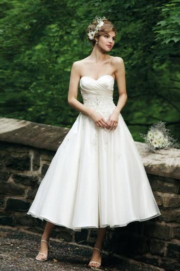 Schönes Wadenlanges Ivory Brautkleider
