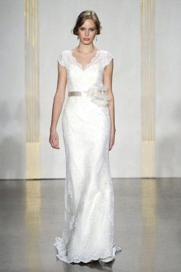 Schönes Weißes Etui Linie Brautkleider mit Ärmel