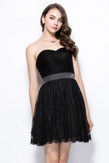 Schönes Schwarzes Brautjungfernkleid