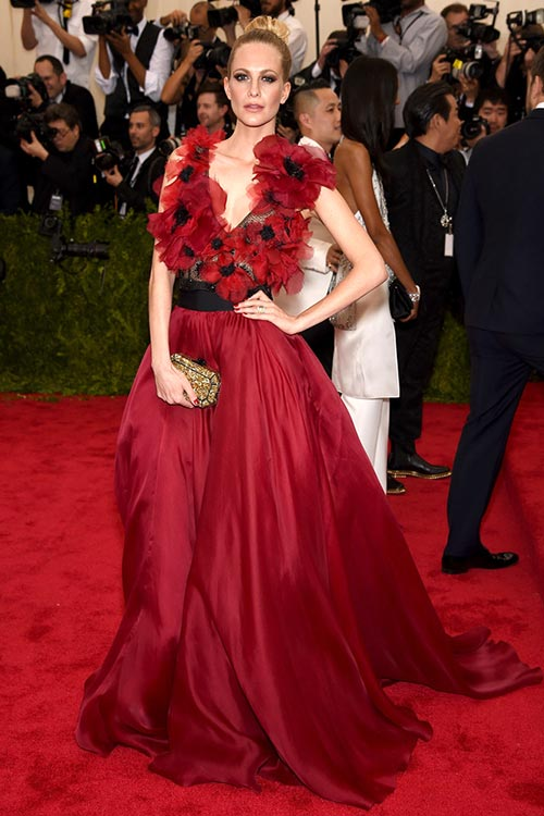 Met_Gala_2015_Red_Carpet_Fashion_Poppy_Delevingne