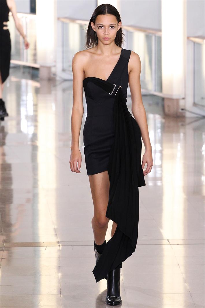 off-shoulder-dresses-fall-2015-trend-08