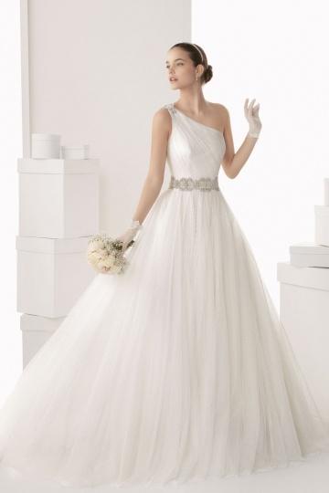 Schönes Ivory Ball Gown Ein Schulter Brautkleid