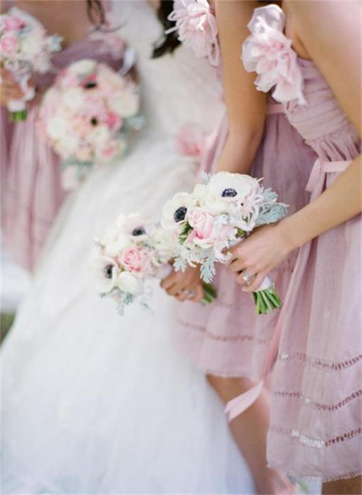 Vintage-Inspired-Light-Purple-Bridesmaid-Dresses