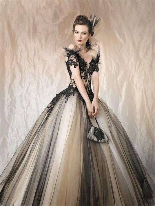 Schönes schwarzes Brautkleider Online