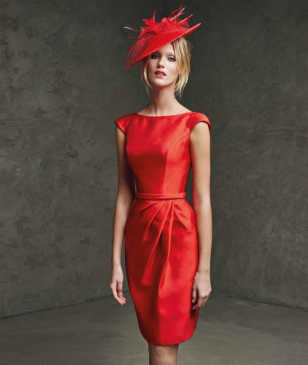 Brautmutterkleid in Rot