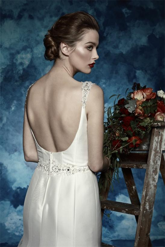 Satin-Ivory-Rückenfrei-Brautkleid